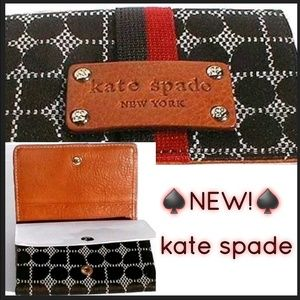 NEW! Classic♠️ kate spade♠️Wallet!